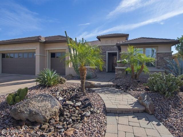 Photo of 16465 W HOLLY Street, Goodyear, AZ 85395