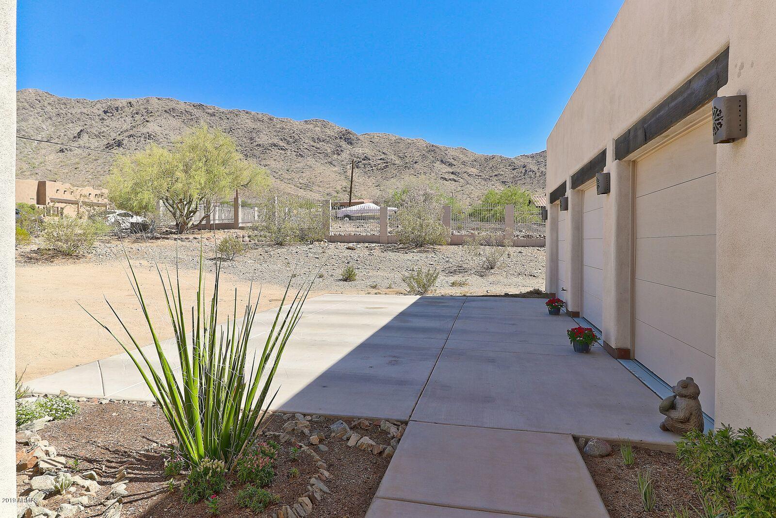 MLS 5780702 10612 S 27TH Avenue, Laveen, AZ 85339 Laveen AZ Three Bedroom
