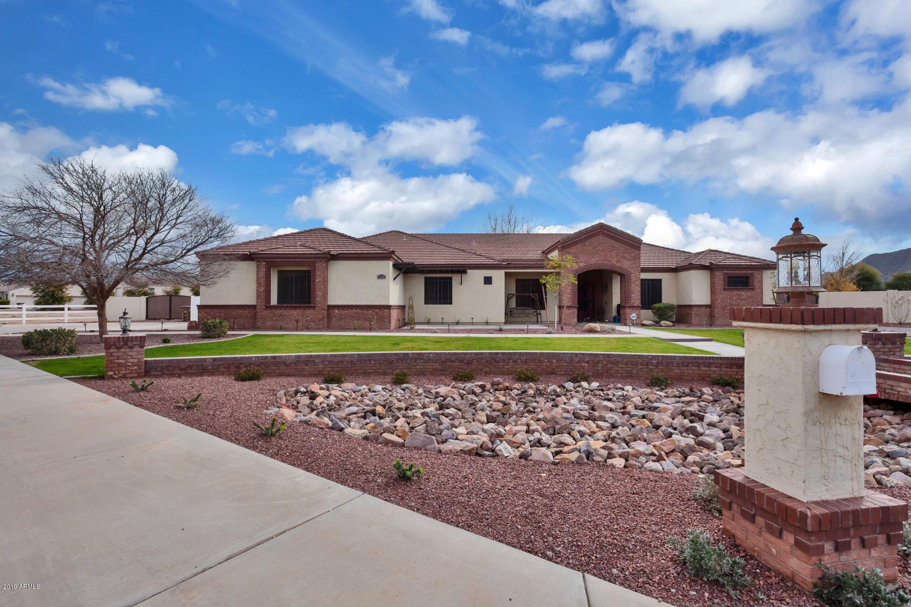 Photo of 21391 E ORCHARD Lane, Queen Creek, AZ 85142