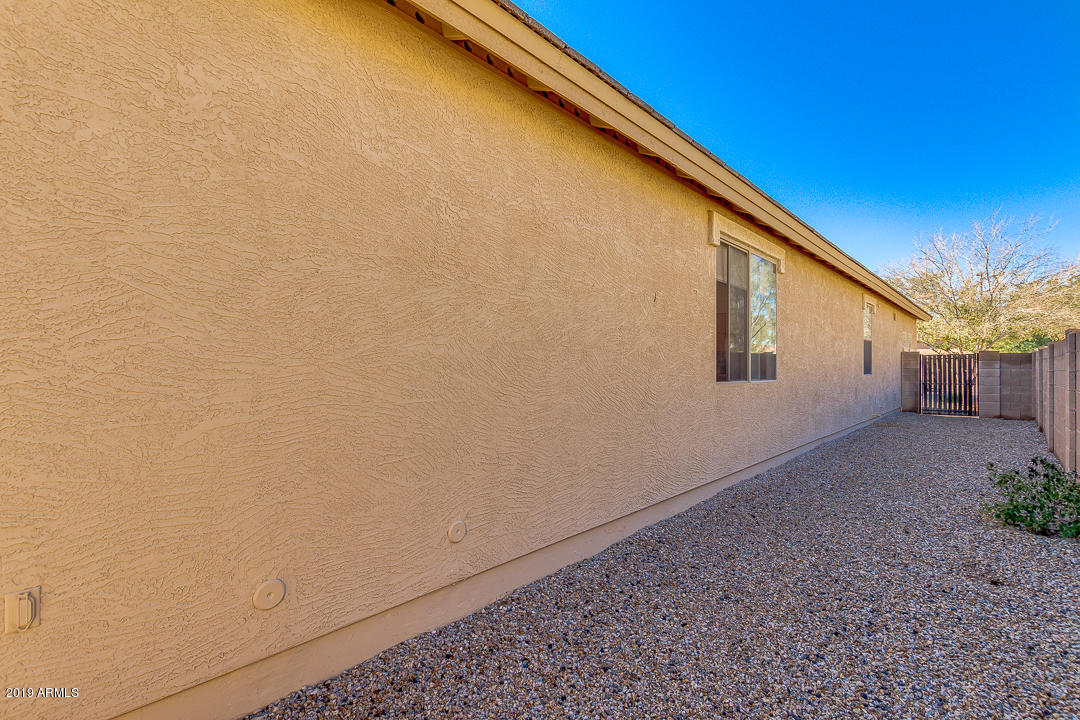 MLS 5866302 23457 S 215TH Street, Queen Creek, AZ Queen Creek AZ Golf