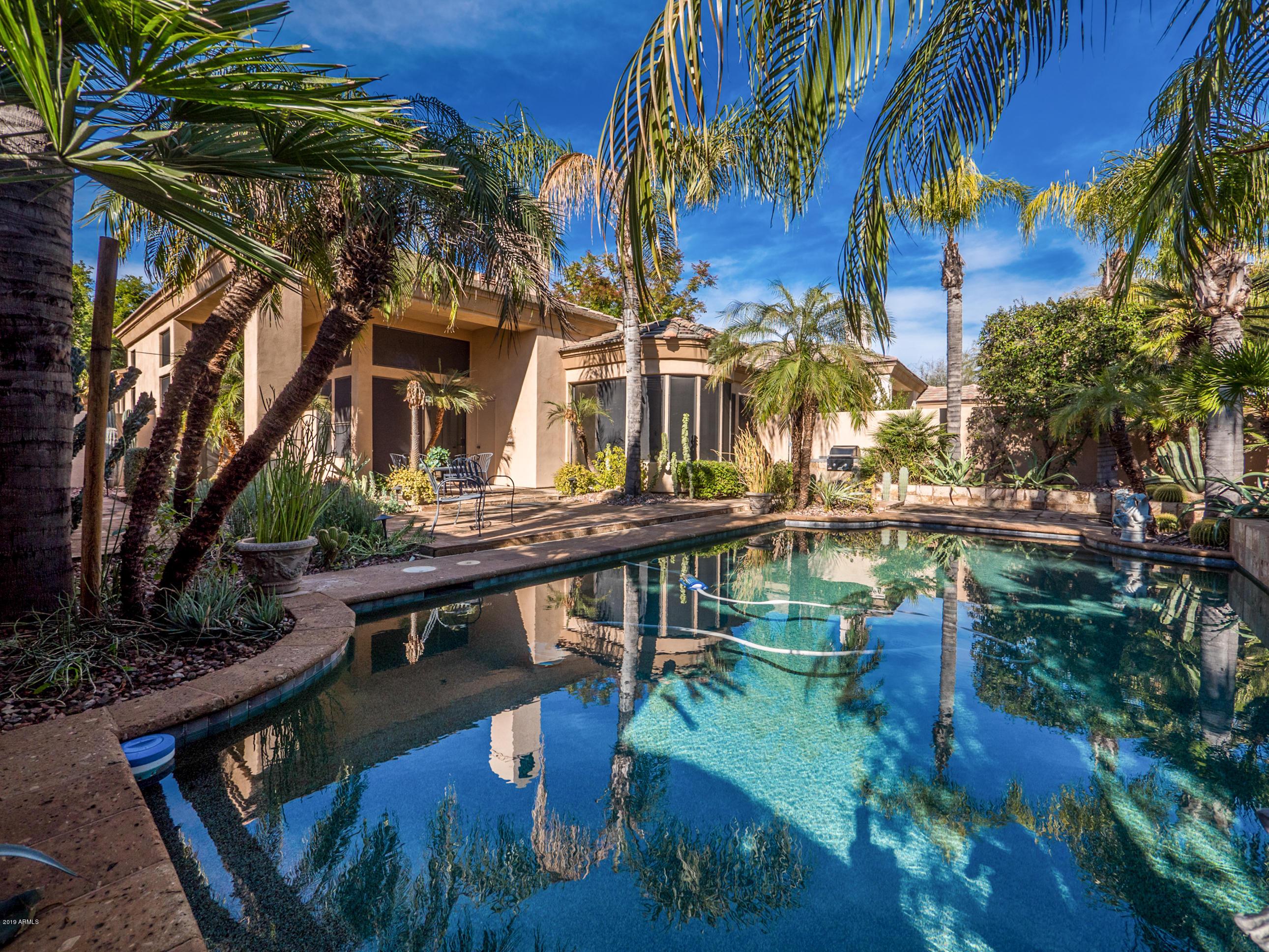 Photo of 7705 E DOUBLETREE RANCH Road #33, Scottsdale, AZ 85258