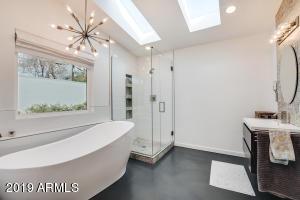 20-Master Bathroom