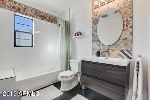 29-Guest Bathroom