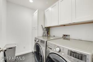 30-Laundry Room
