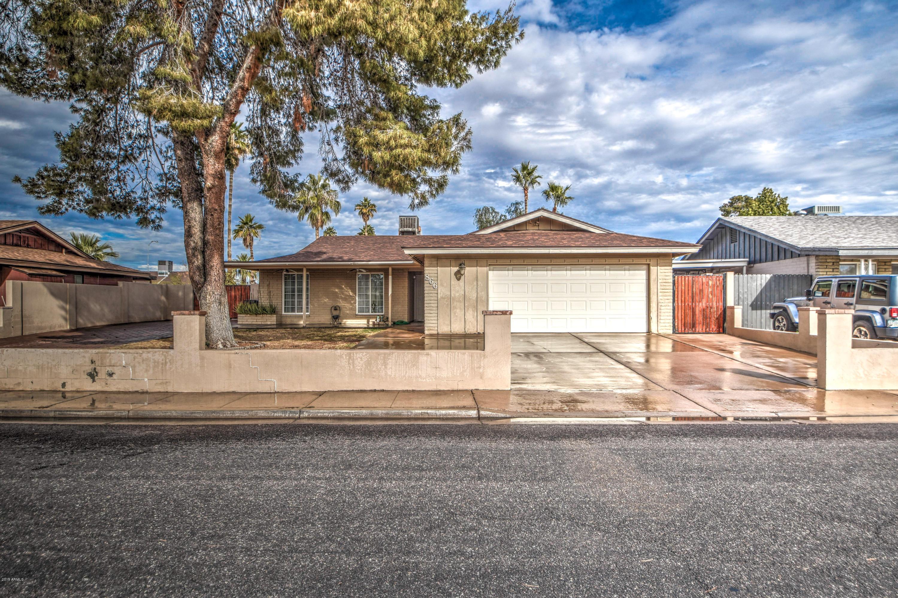 Photo of 866 E GARNET Avenue, Mesa, AZ 85204