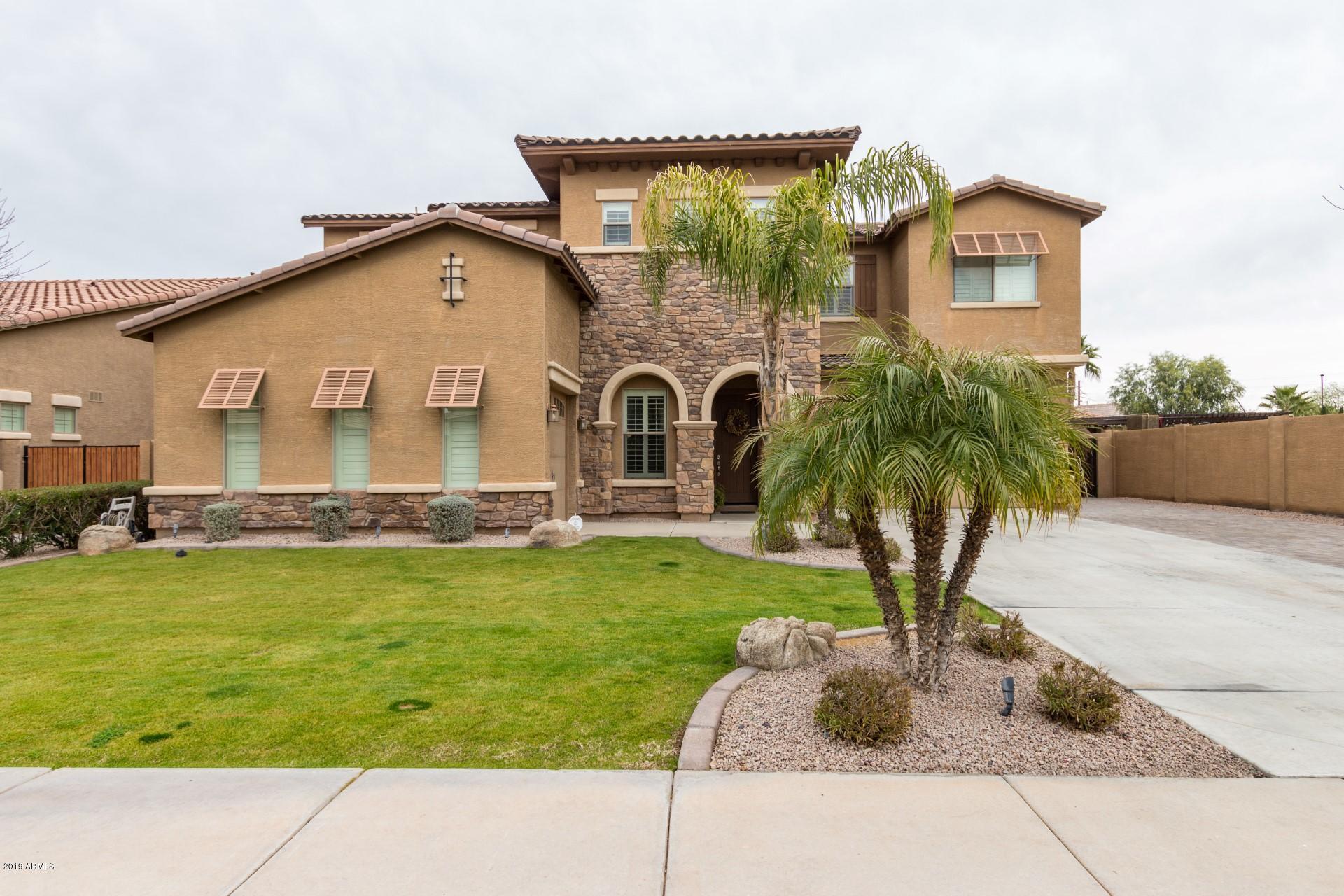 Photo of 3090 E CASTANETS Drive, Gilbert, AZ 85298