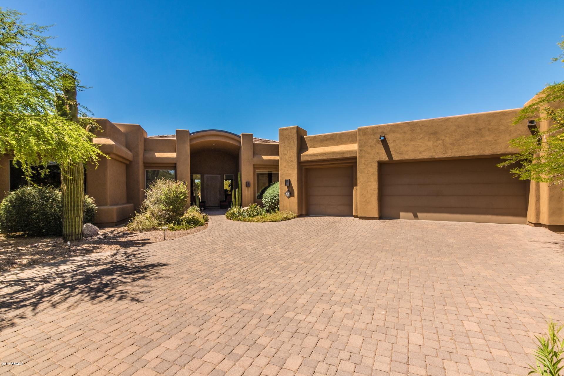 Photo of 9762 E HIDDEN GREEN Drive, Scottsdale, AZ 85262