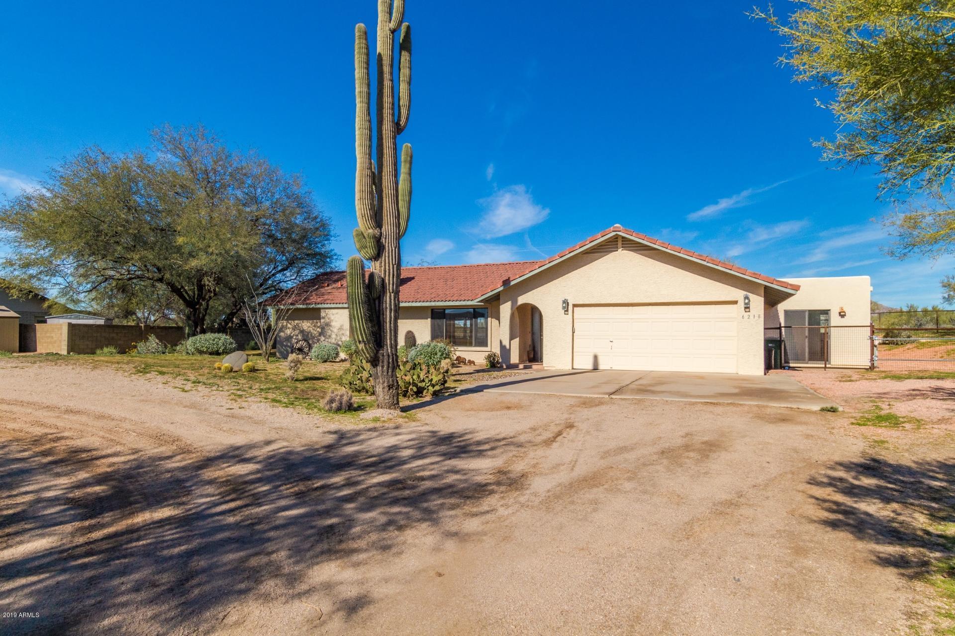 Photo of 6218 E Lowden Drive E, Cave Creek, AZ 85331