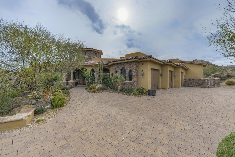 Photo of 10715 E WHITETHORN Drive, Scottsdale, AZ 85262