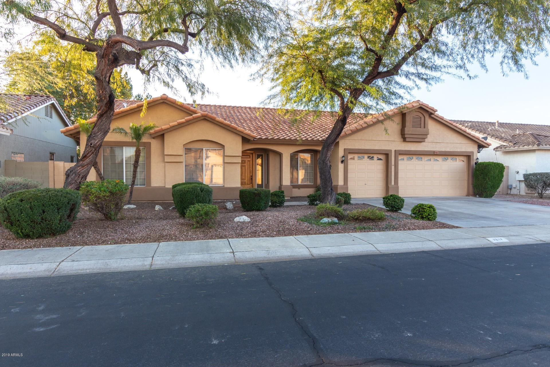 Photo of 7817 W MAUI Lane, Peoria, AZ 85381