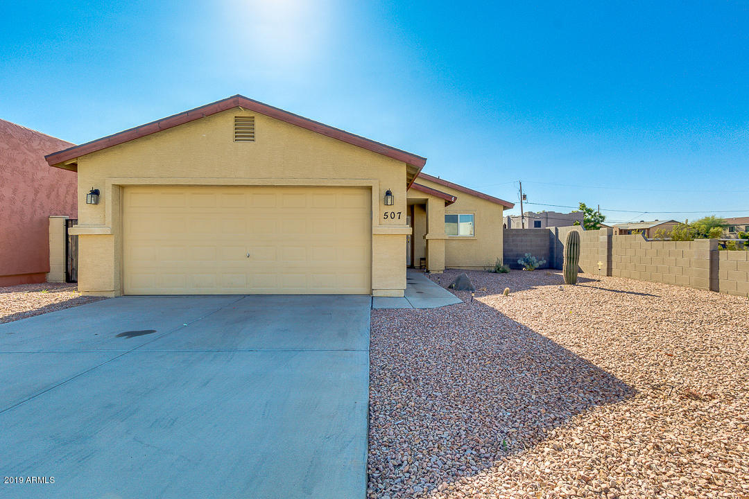 Photo of 507 E 9TH Avenue, Apache Junction, AZ 85119