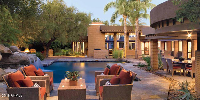 Photo of 54 Biltmore Estates Drive, Phoenix, AZ 85016