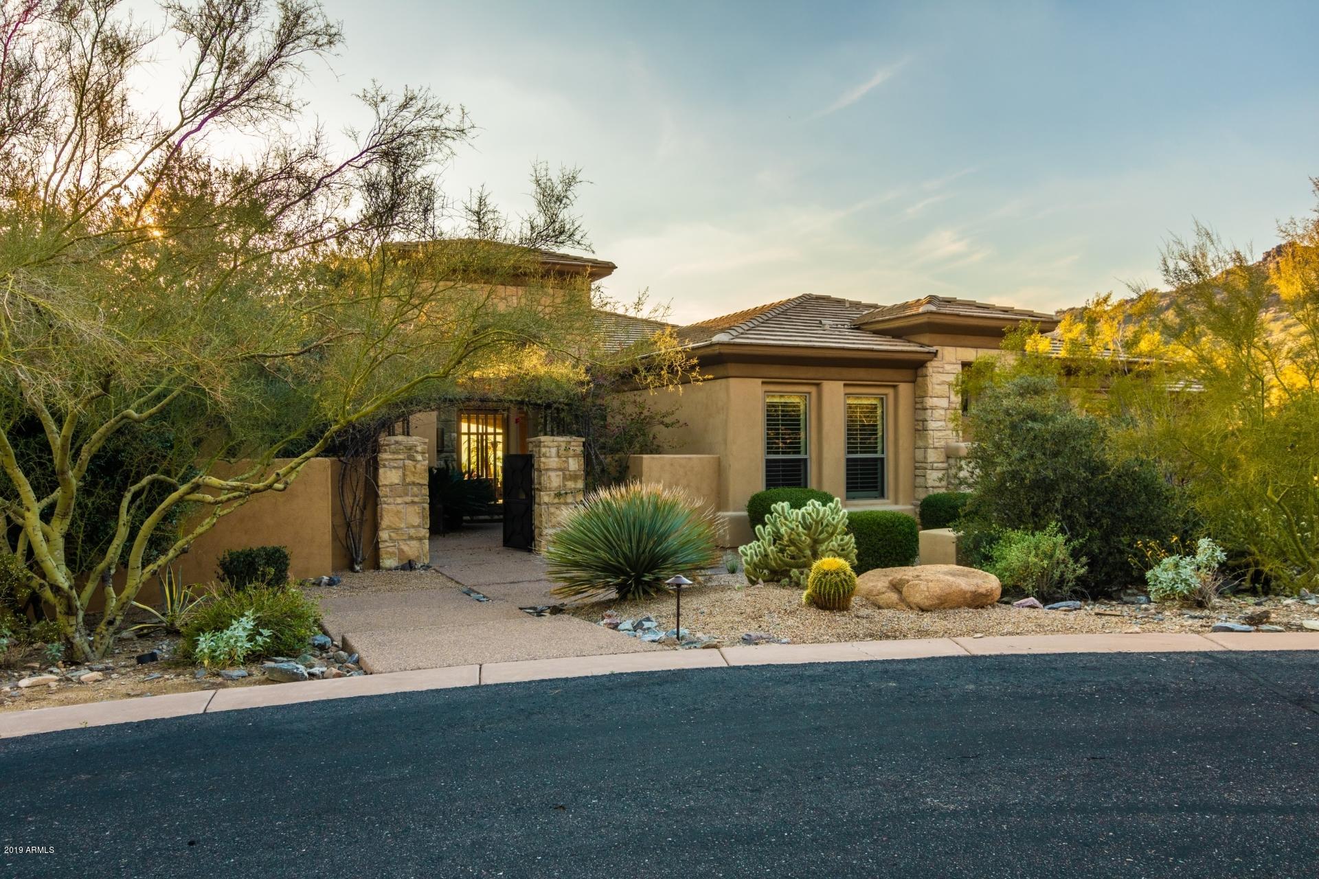 Photo of 11405 E PARADISE Lane, Scottsdale, AZ 85255