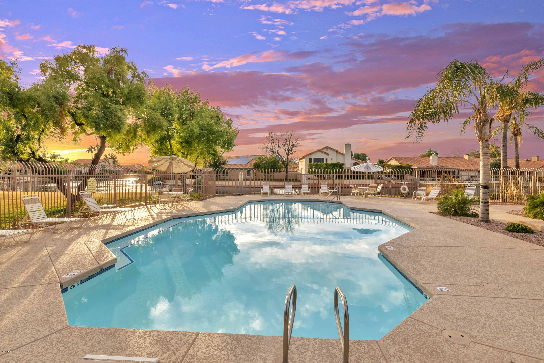 MLS 5868315 250 N CORRINE Court, Gilbert, AZ 85234 Gilbert AZ Stonebridge Lakes