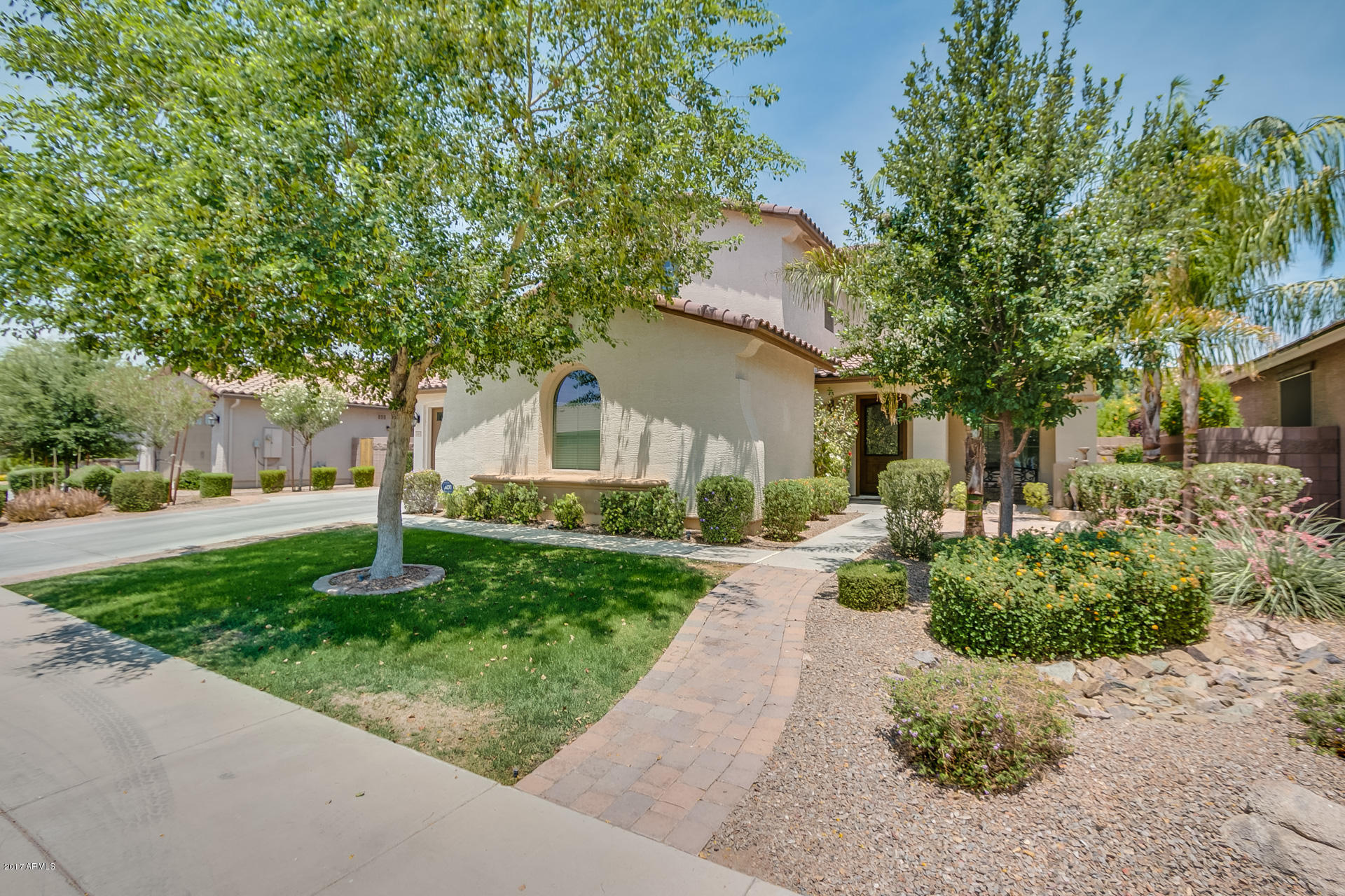 Photo of 2444 E Sourwood Drive, Gilbert, AZ 85298