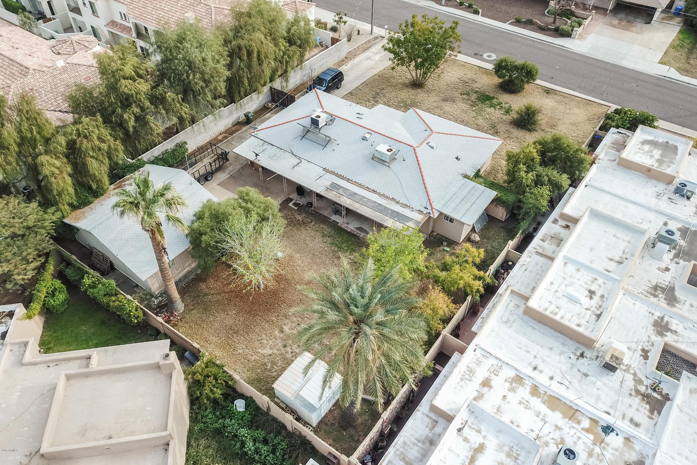 Photo of 1740 E OCOTILLO Road, Phoenix, AZ 85016