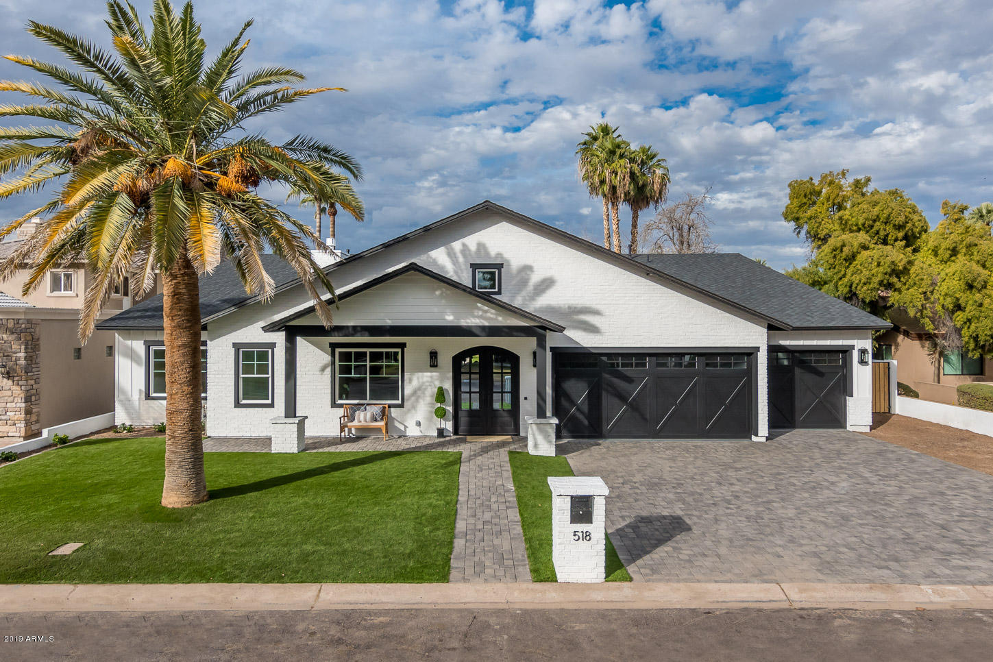 Photo of 518 E TUCKEY Lane, Phoenix, AZ 85012