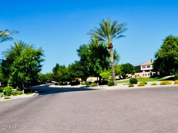 MLS 5866953 1555 E STIRRUP Court, Gilbert, AZ Silverstone Ranch in Gilbert