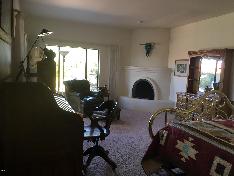 MLS 5856463 19300 W VERDE HILLS Drive, Wickenburg, AZ 85390 Wickenburg AZ One Plus Acre Home