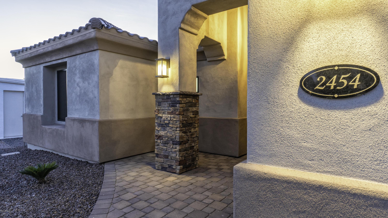 Photo of 2454 N SNEAD Drive, Mesa, AZ 85215