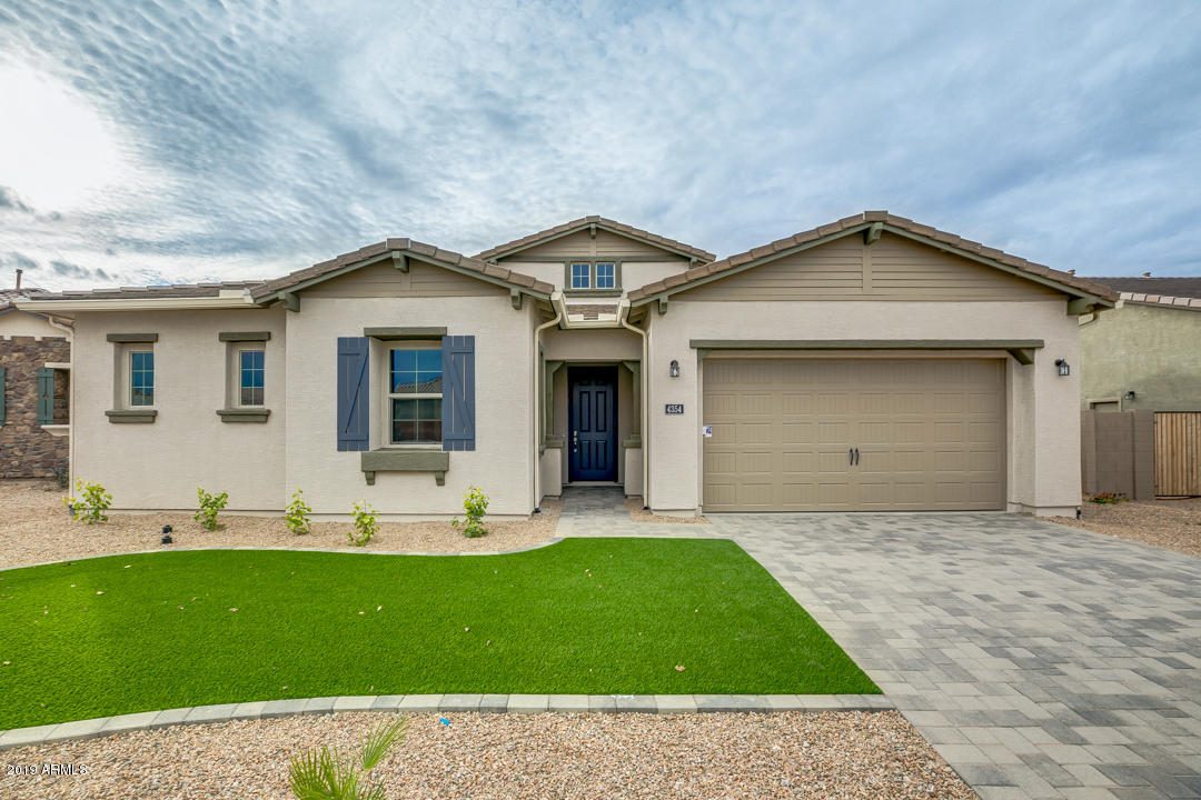 Photo of 4354 S NOTTING HILL Drive, Gilbert, AZ 85297