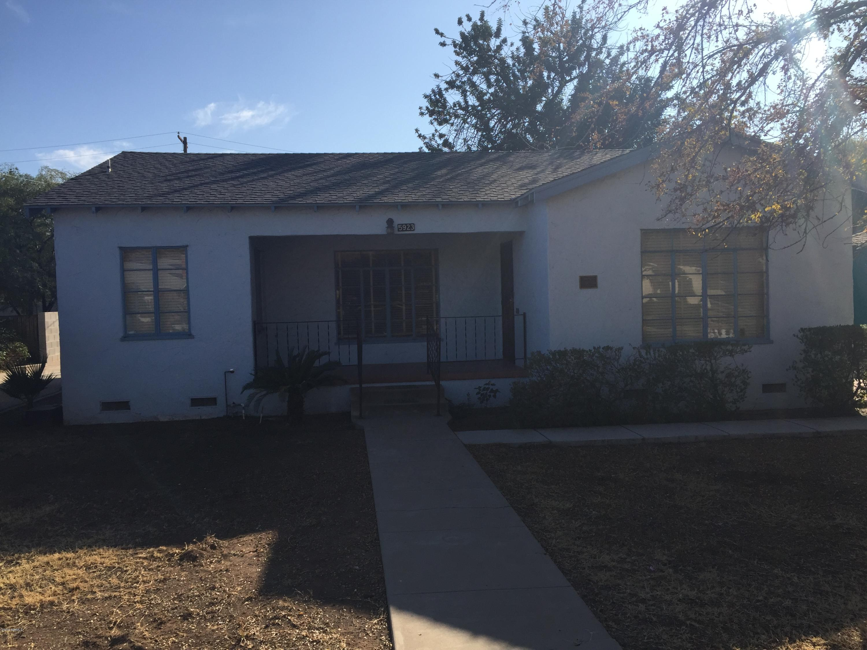 Photo of 5923 W NORTHVIEW Avenue, Glendale, AZ 85301