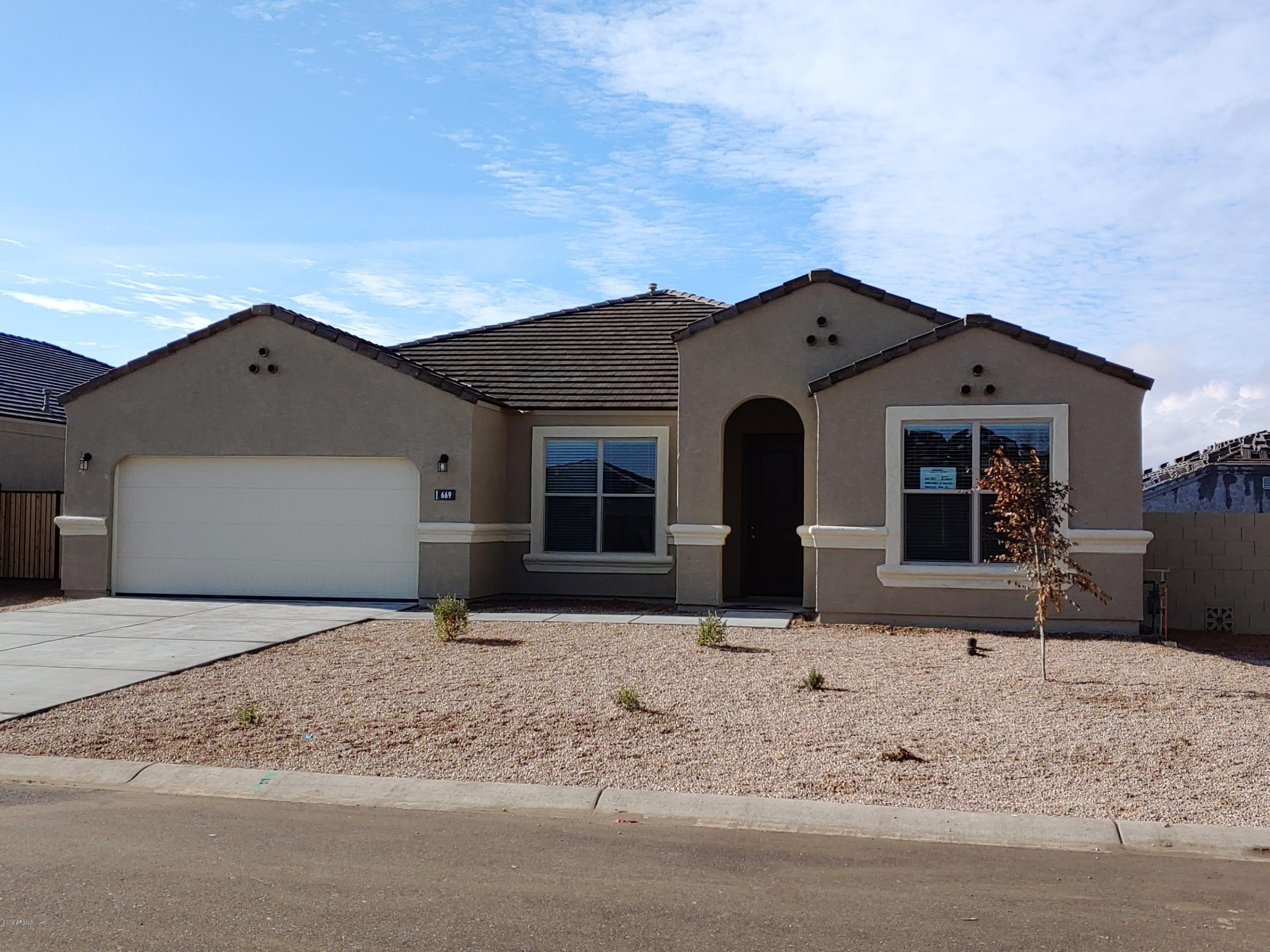 MLS 5869367 669 W BELMONT RED Trail, San Tan Valley, AZ 85143 San Tan Valley AZ Circle Cross Ranch