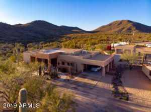 Property for sale at 2420 E Desert Hills Drive, Cave Creek,  Arizona 85331