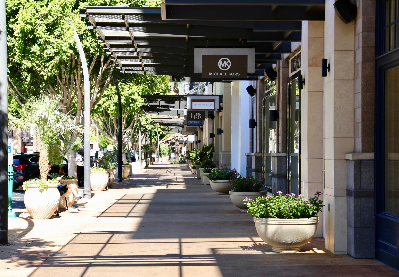 MLS 5872643 15221 N CLUBGATE Drive Unit 2077 Building 12, Scottsdale, AZ 85254 Scottsdale AZ Kierland