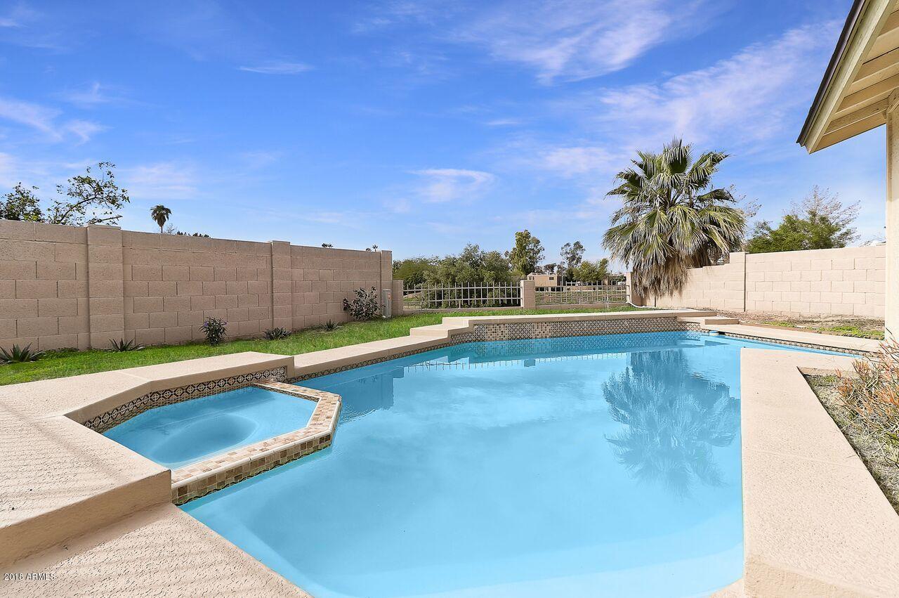MLS 5870081 10107 W GLENROSA Avenue, Phoenix, AZ 85037 Phoenix AZ Villa de Paz