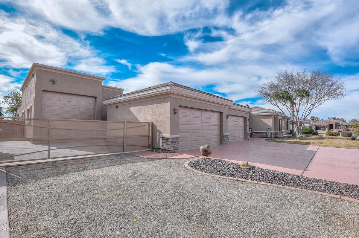 Photo of 4513 W PARK VIEW Lane, Glendale, AZ 85310