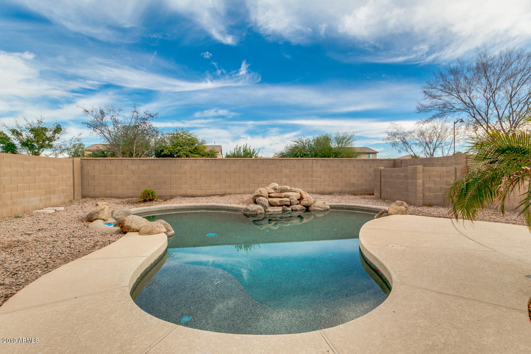 MLS 5870443 21911 N BOLIVIA Street, Maricopa, AZ Maricopa AZ Golf Private Pool