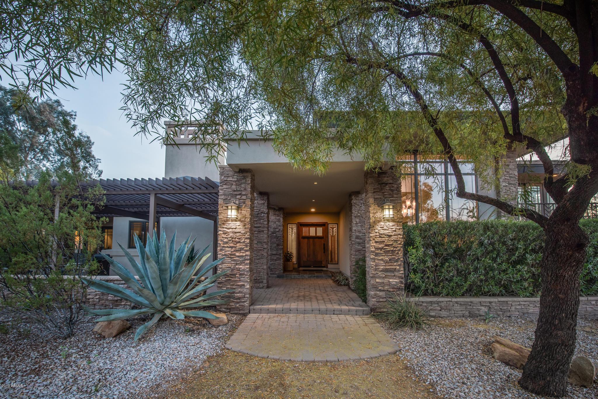 Photo of 6135 N 38TH Street, Paradise Valley, AZ 85253
