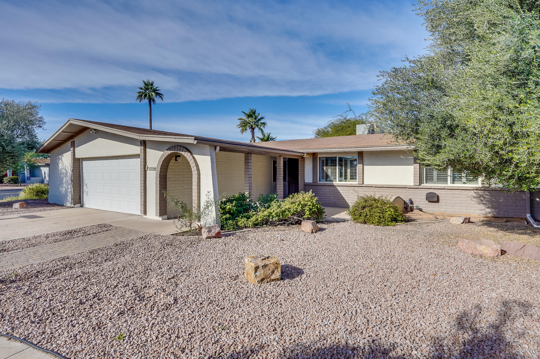 Photo of 2556 W Campo Alegre Circle, Mesa, AZ 85202