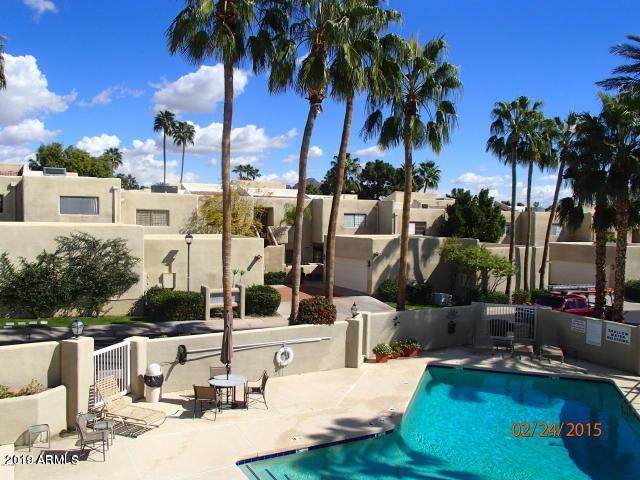 Photo of 3009 E ROSE Lane E, Phoenix, AZ 85016