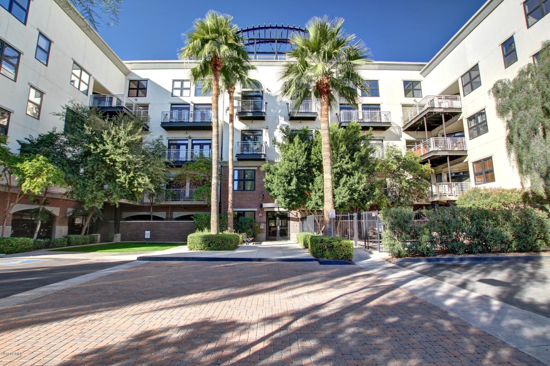 Photo of 914 E OSBORN Road #208, Phoenix, AZ 85014