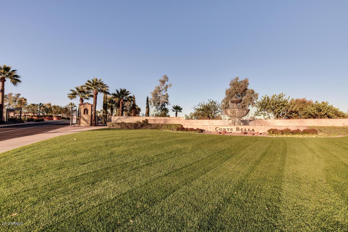 MLS 5826999 23120 N Via Vistosa Drive, Sun City West, AZ Sun City West AZ Golf Gated