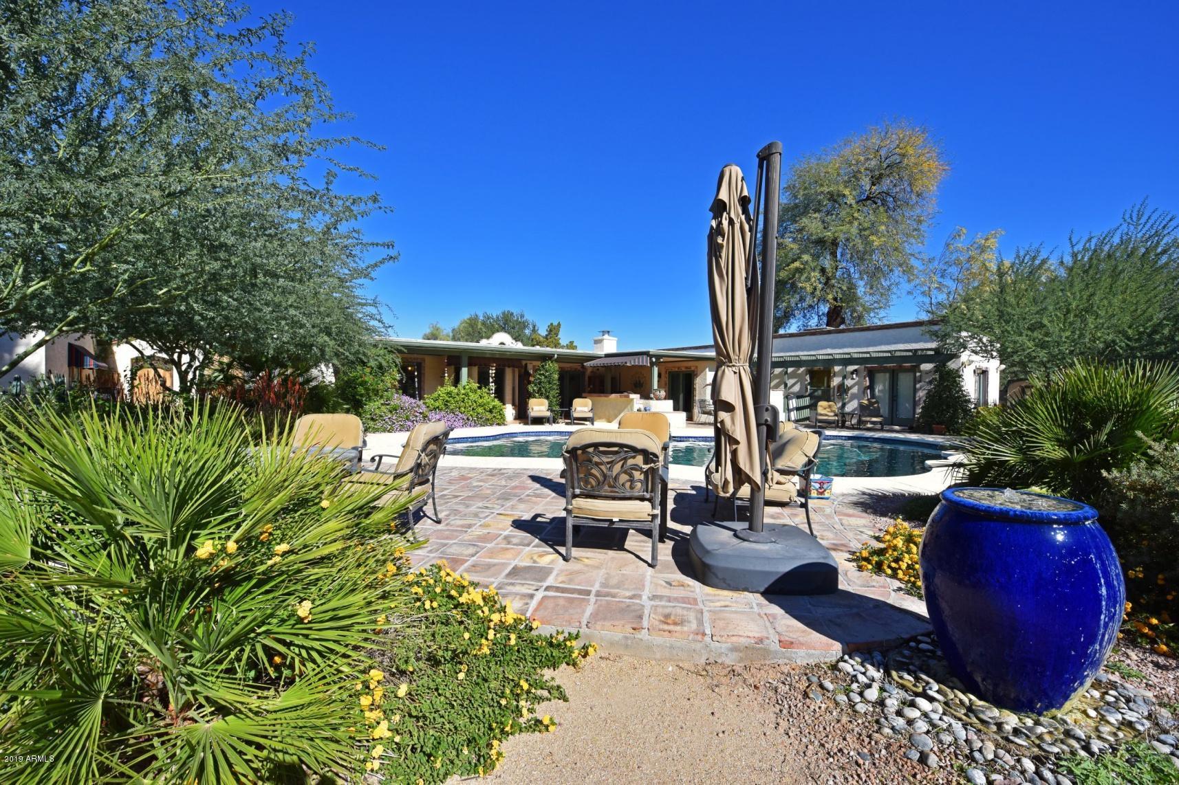 Photo of 6715 E BERYL Avenue, Paradise Valley, AZ 85253