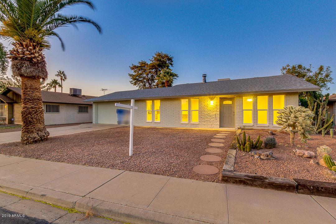 Photo of 1344 W OBISPO Avenue, Mesa, AZ 85202