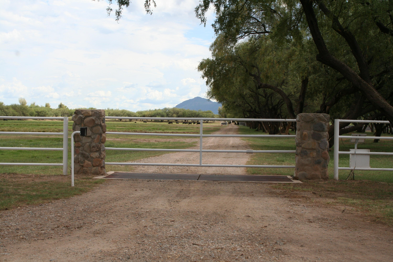 MLS 5872278 132 Amado Montosa Road, Amado, AZ Equestrian