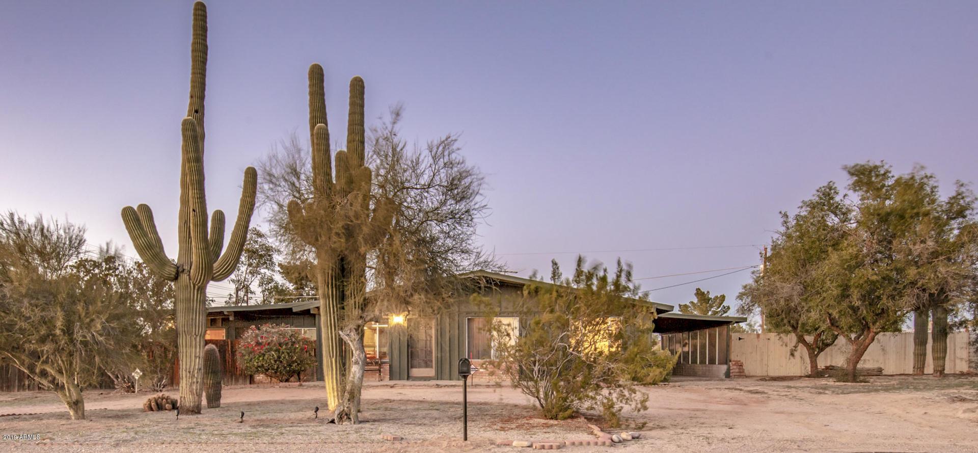 Photo of 6820 E HERMOSA VISTA Drive, Mesa, AZ 85207