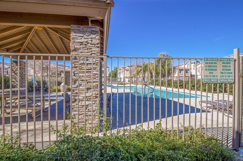 MLS 5873291 947 W WENDY Way, Gilbert, AZ 85233 Gilbert AZ Three Bedroom
