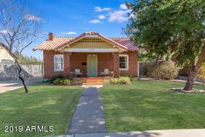2525 N Edgemere Street Phoenix, AZ 85006