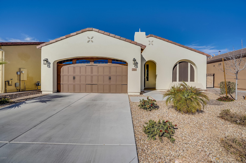Photo of 72 E CAMELLIA Way, San Tan Valley, AZ 85140