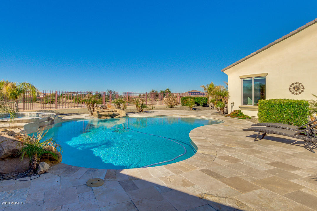 Photo of 6658 S CHAMPAGNE Way, Gilbert, AZ 85298