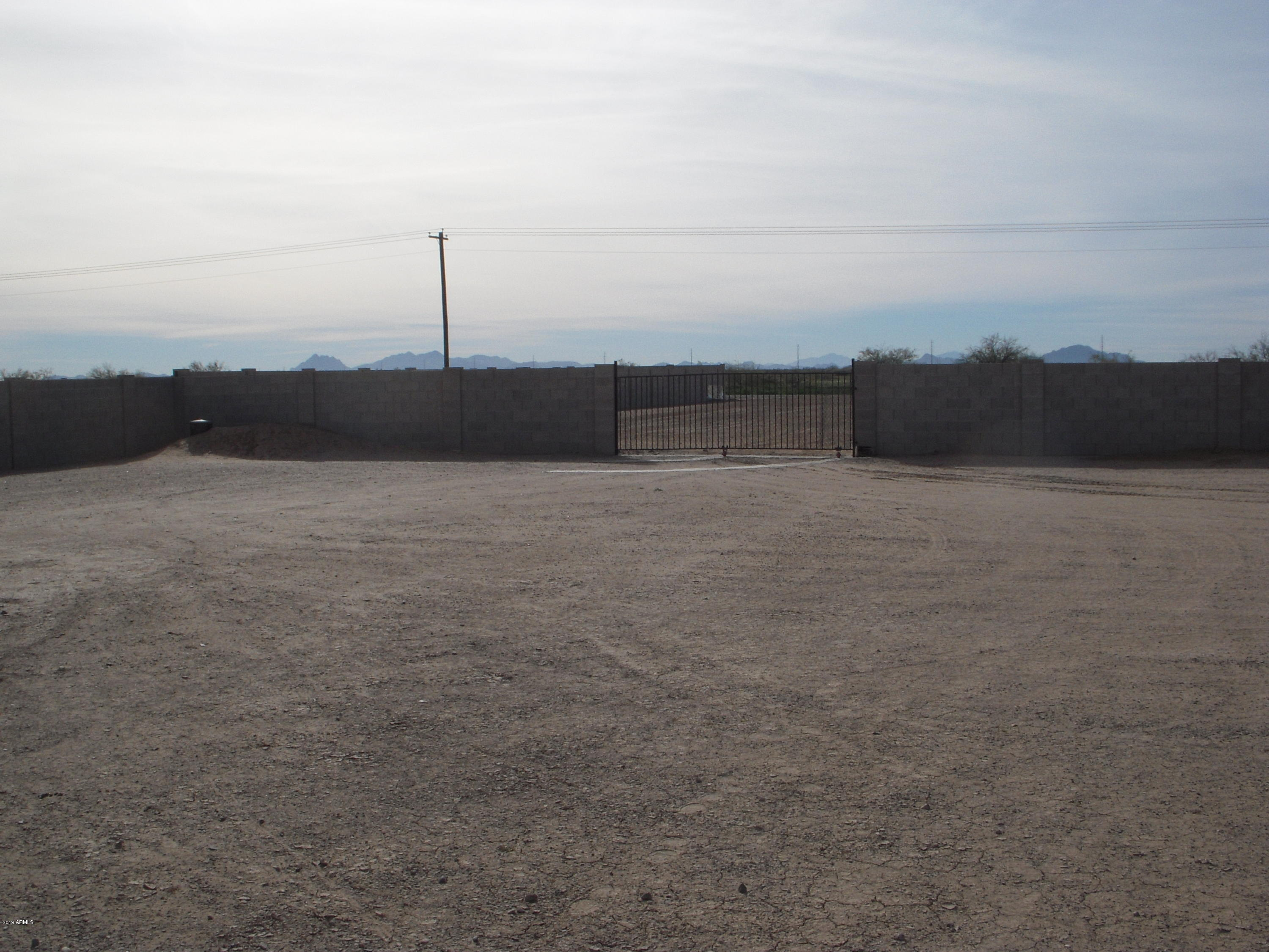 MLS 5874357 10061 W Equestrian Drive, Arizona City, AZ Arizona City AZ Equestrian