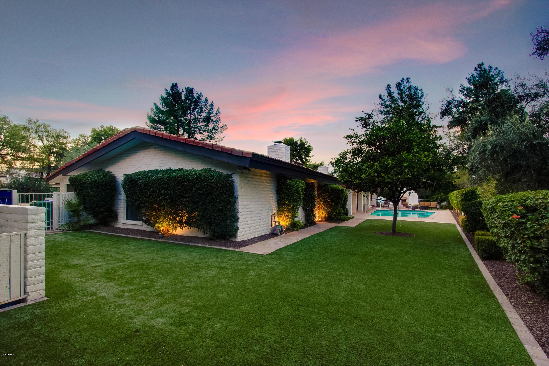 MLS 5875619 8225 N GOLF Drive, Paradise Valley, AZ 85253 Paradise Valley AZ Camelback Country Club Estates