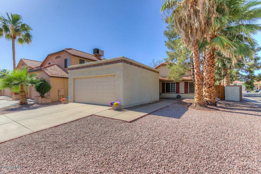 Photo of 936 E GILA Lane, Chandler, AZ 85225