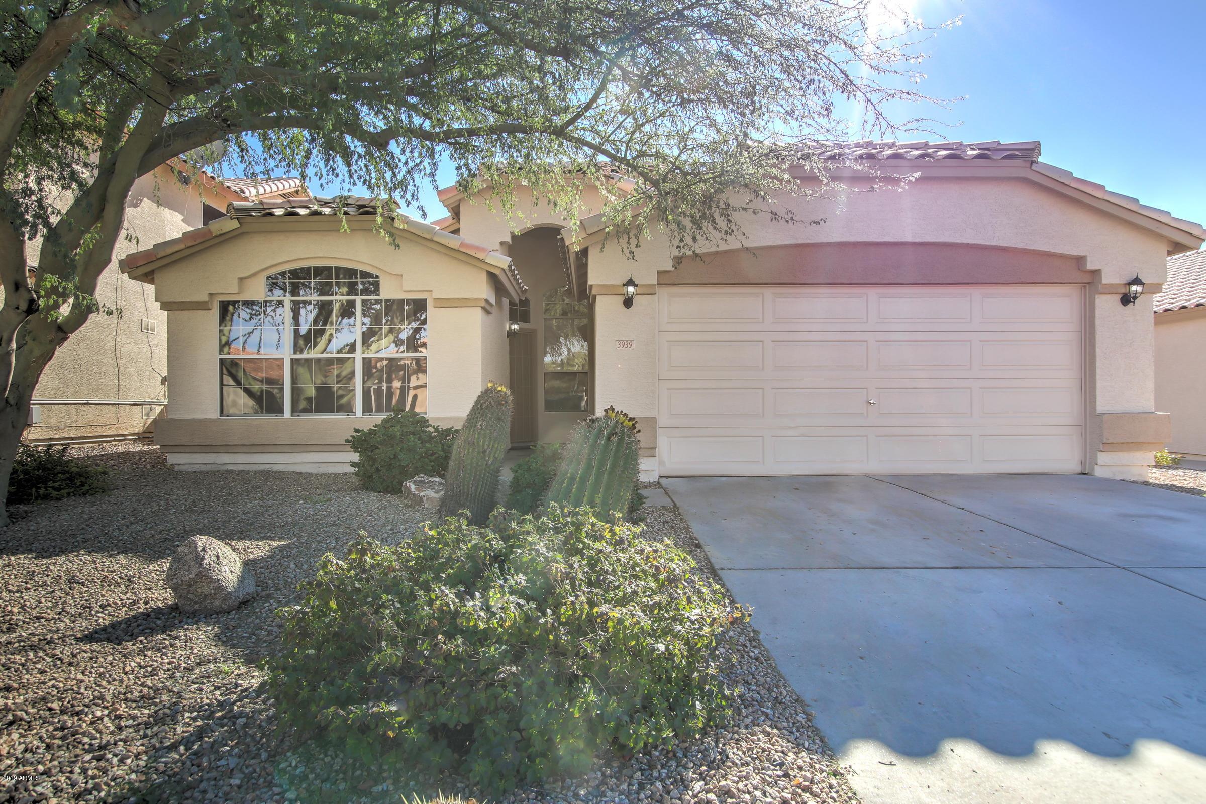 Photo of 3939 E ENCINAS Avenue, Gilbert, AZ 85234