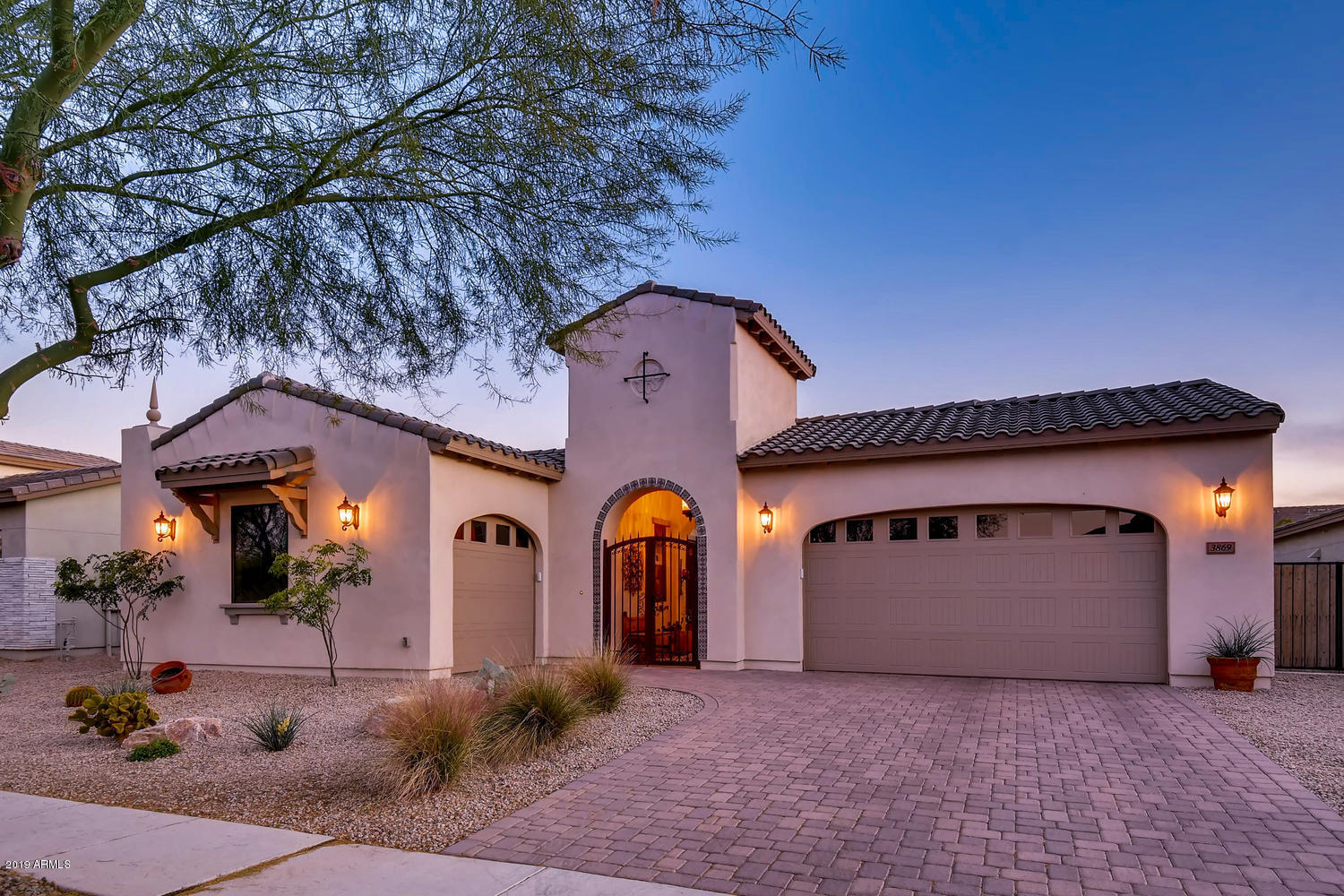 Photo of 3869 E LYNX Place, Chandler, AZ 85249